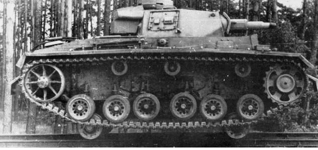 Panzerzug !!!! - Page 2 2el9w86