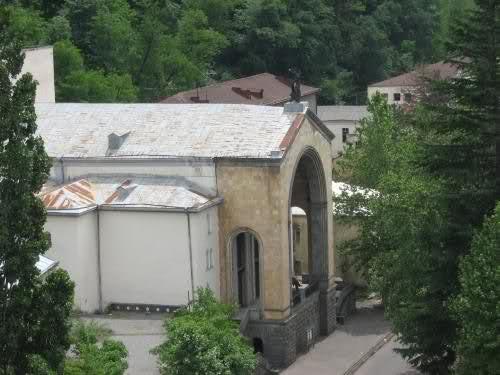 ჭიათურის აკაკი წერეთლის სახელობის სახელმწიფო თეატრი 2j0ld13