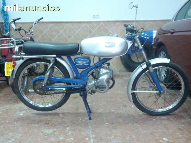 ducati - La Ducati SL y la MT SL 2j362d5