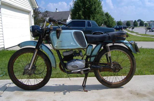 Ayuda identificar ciclomotor ¿Ducati? 2wphshl