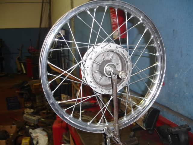 Réplica Ducati 50 de circuito - Página 4 2ykjtrl