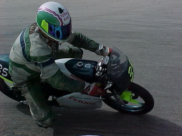 Exhibición de motos clásicas de competición en Beniopa (Valencia) 35dak9y