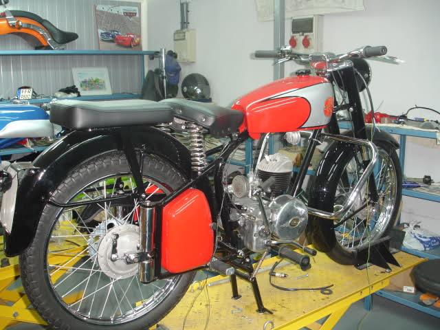 Montesa 250 cc. para circuito 5n7uxt