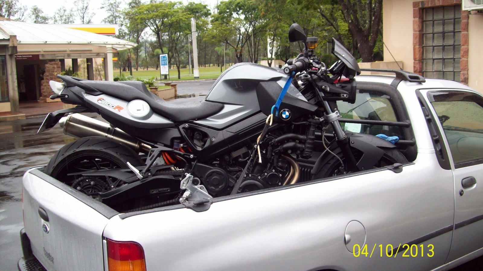 DESVENTURAS EM SÉRIE - CAPITULO DE HOJE: BMW F800R 2012 :-( - Página 3 691eyu