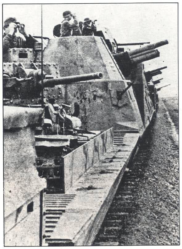 les trains blindés Av4fvq