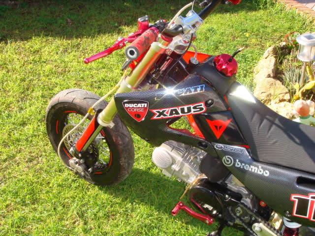 Que cantidad de ciclomotores Ducati juntos Fa5ytj