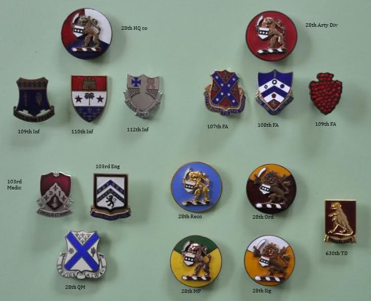 Crests et insignes us ww2  J0kx7m