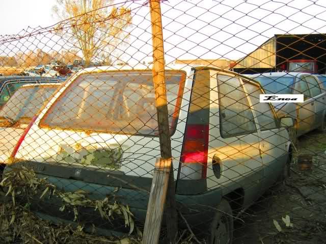 Auto Abbandonate - Pagina 3 Jkzp1e