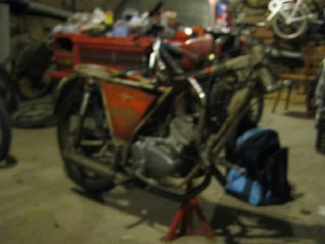 Mi Ducati 50 TS M75bhy