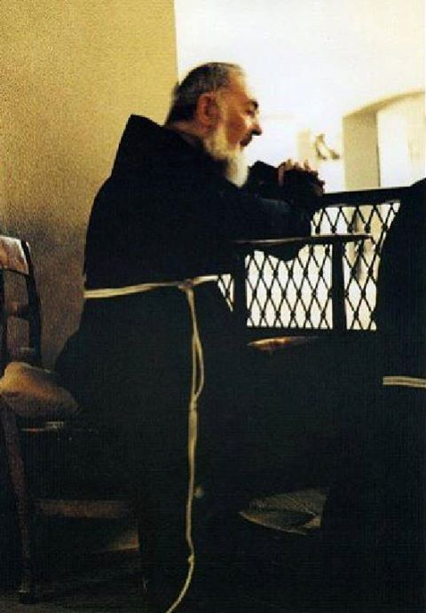 St. Padre Pio's Invites You To Be His Spiritual Child - Page 2 Oka97n