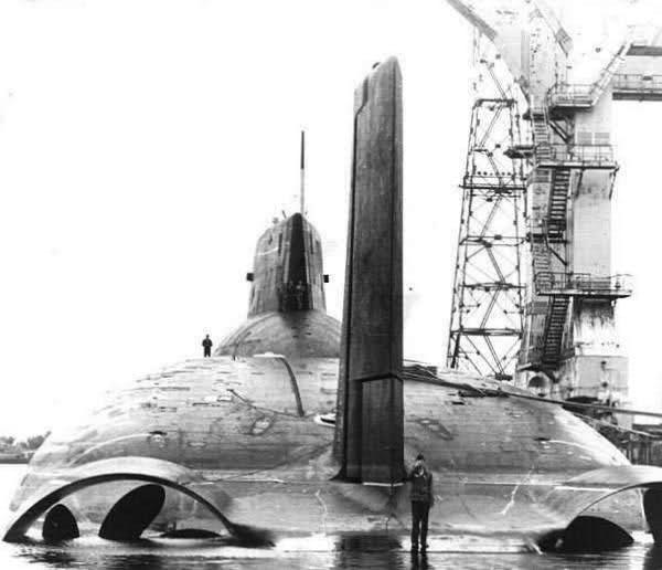 """Horlogerie à l'effigie des sous-marins """"Typhoon"""" Wclhsm"""