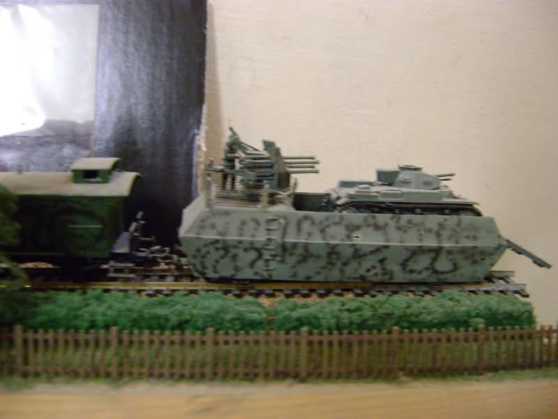 Panzerzug BP 32 en vrai et en scratch. 117y81v