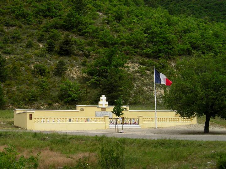 Massacre d'Izon-la-Bruisse Ceux du Maquis Ventoux 14ayafm