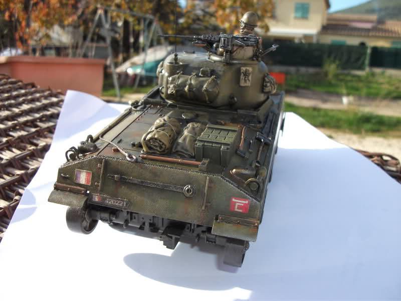 Sherman M4A4 Cyber-hobby 1/35  fini!!!!!!! - Page 8 24pykj7
