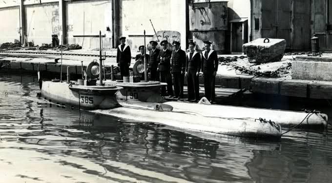 U-Boat et Marine Nationale à Toulon (83), 1944-1954 2j0c8bk