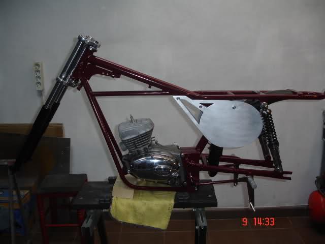 Réplica Ducati 50 de circuito - Página 3 2q8wow6