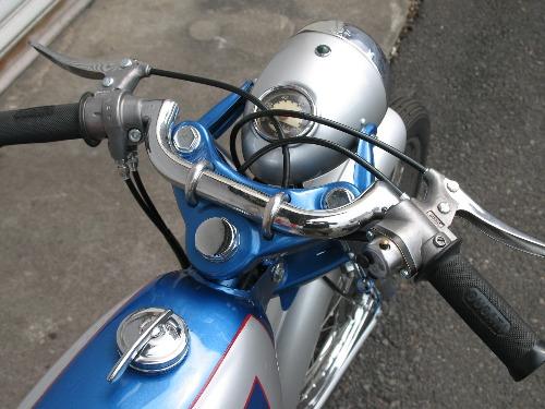 Mis Ducati 48 Sport - Página 6 2wqfsht