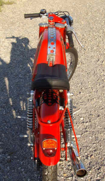 Ayuda identificar ciclomotor ¿Ducati? 2zew709