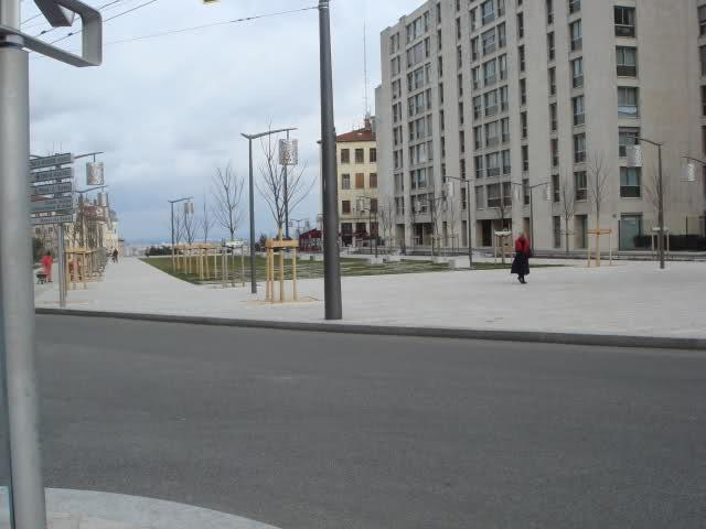 Projet Gros Caillou (Parking + esplanade) 33yjity