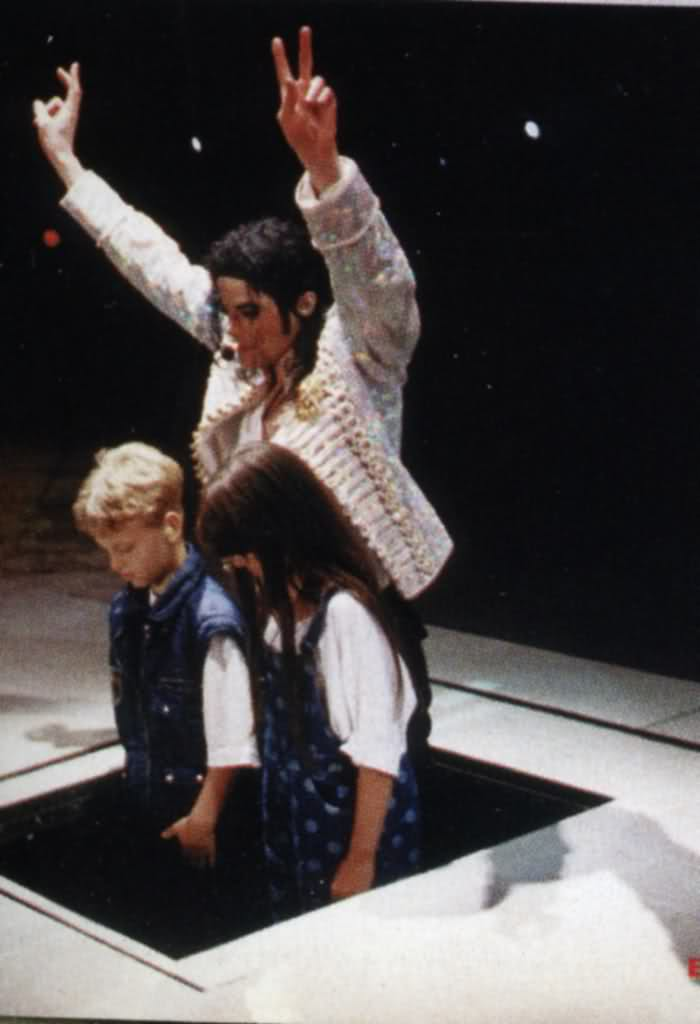 Raridades: Somente fotos RARAS de Michael Jackson. - Página 5 B6bxg9