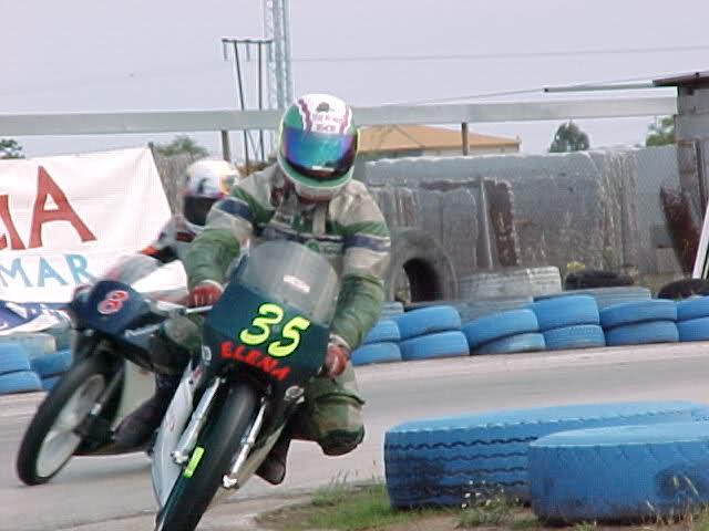 Exhibición de motos clásicas de competición en Beniopa (Valencia) Ioizhk