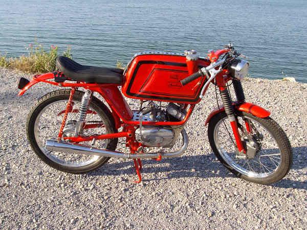 Ayuda identificar ciclomotor ¿Ducati? Vxmcy9