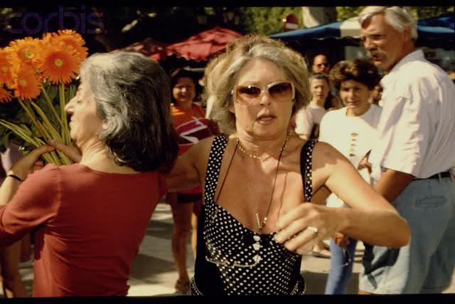 Brigitte et les paparazzi 10saet2