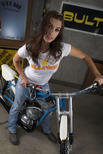 La Bultaco Astro 2a9y2ax