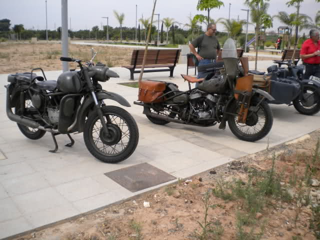 Concentracion 1 motos clasicas en Valencia 2edz4sg