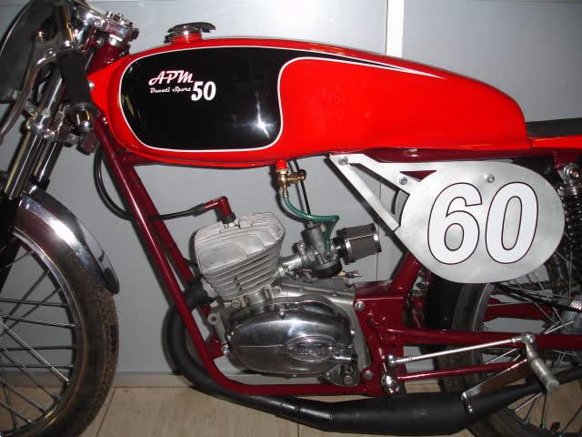 Réplica Ducati 50 de circuito - Página 5 2ldzuxh