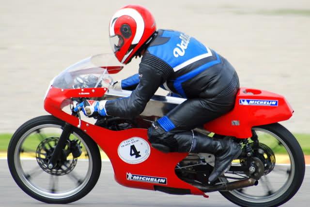 Amoticos de 50 cc GP - Página 4 2yopdec