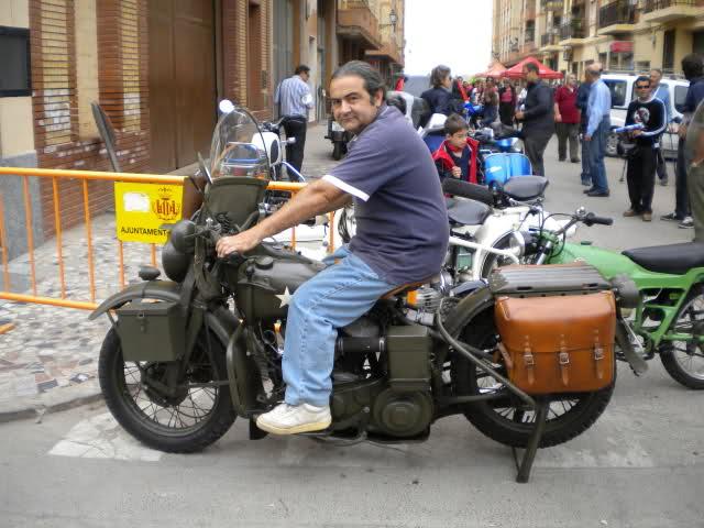 Concentracion 1 motos clasicas en Valencia 30hn0xw