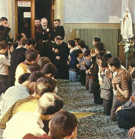 St. Padre Pio's Invites You To Be His Spiritual Child - Page 2 6prdwo