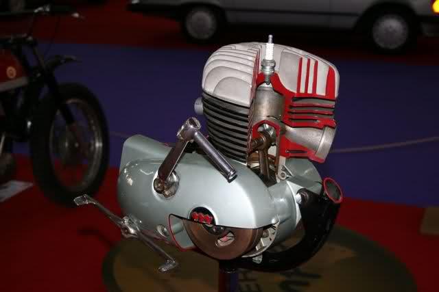 Classic Auto Madrid - 2012 - Página 3 9adbgi