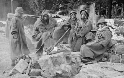 Les Goumiers Marocains Ej8pxx
