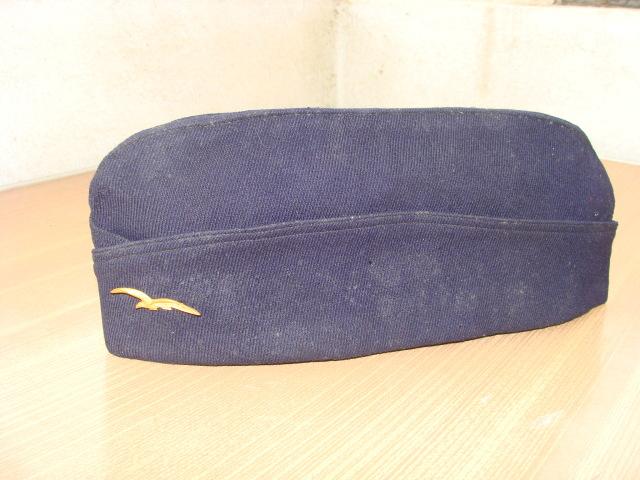 Les bonnets de police - Page 2 F9jk3b