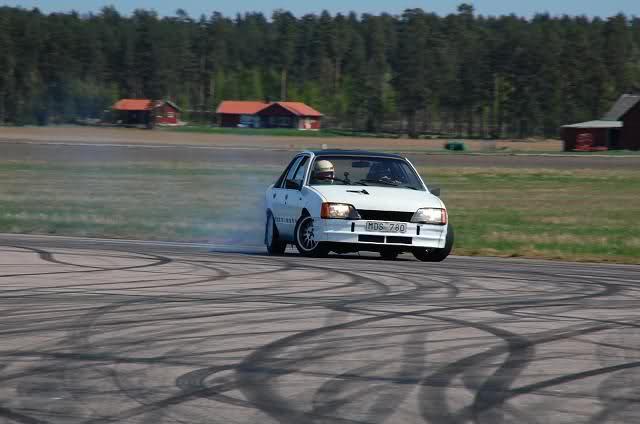 Daniel - Opel Rekord turbo Suziu9