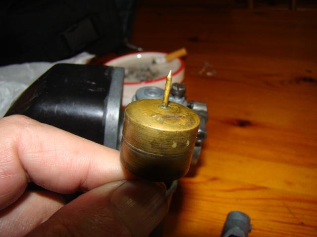 Sustitución boya en carburador 12-12 (Regalo de pepehrcc) Vew4na