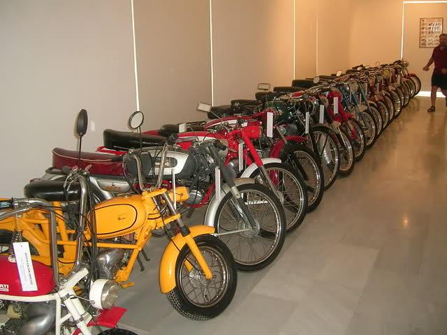 Que cantidad de ciclomotores Ducati juntos Zlpgj