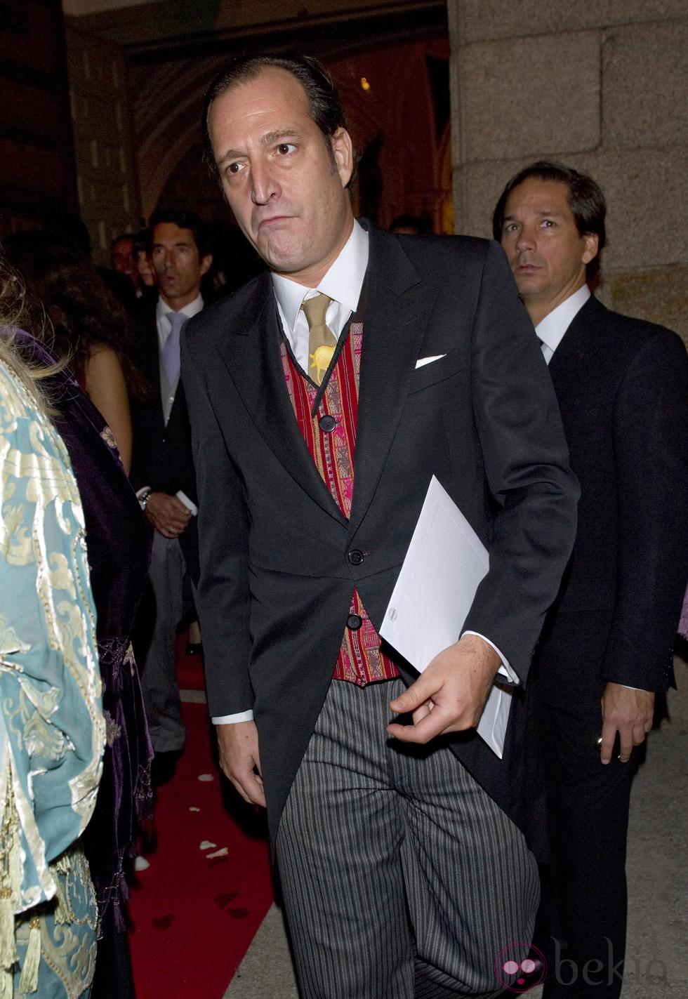 Pilar de Borbón y Luis Gómez-Acebo - Página 7 110cb54