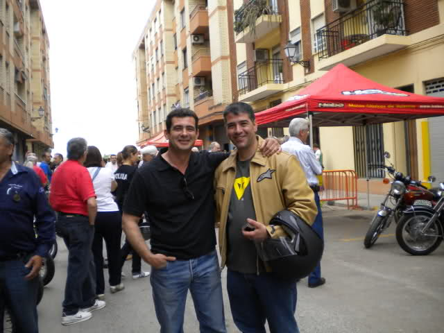 Concentracion 1 motos clasicas en Valencia 14w4p6d