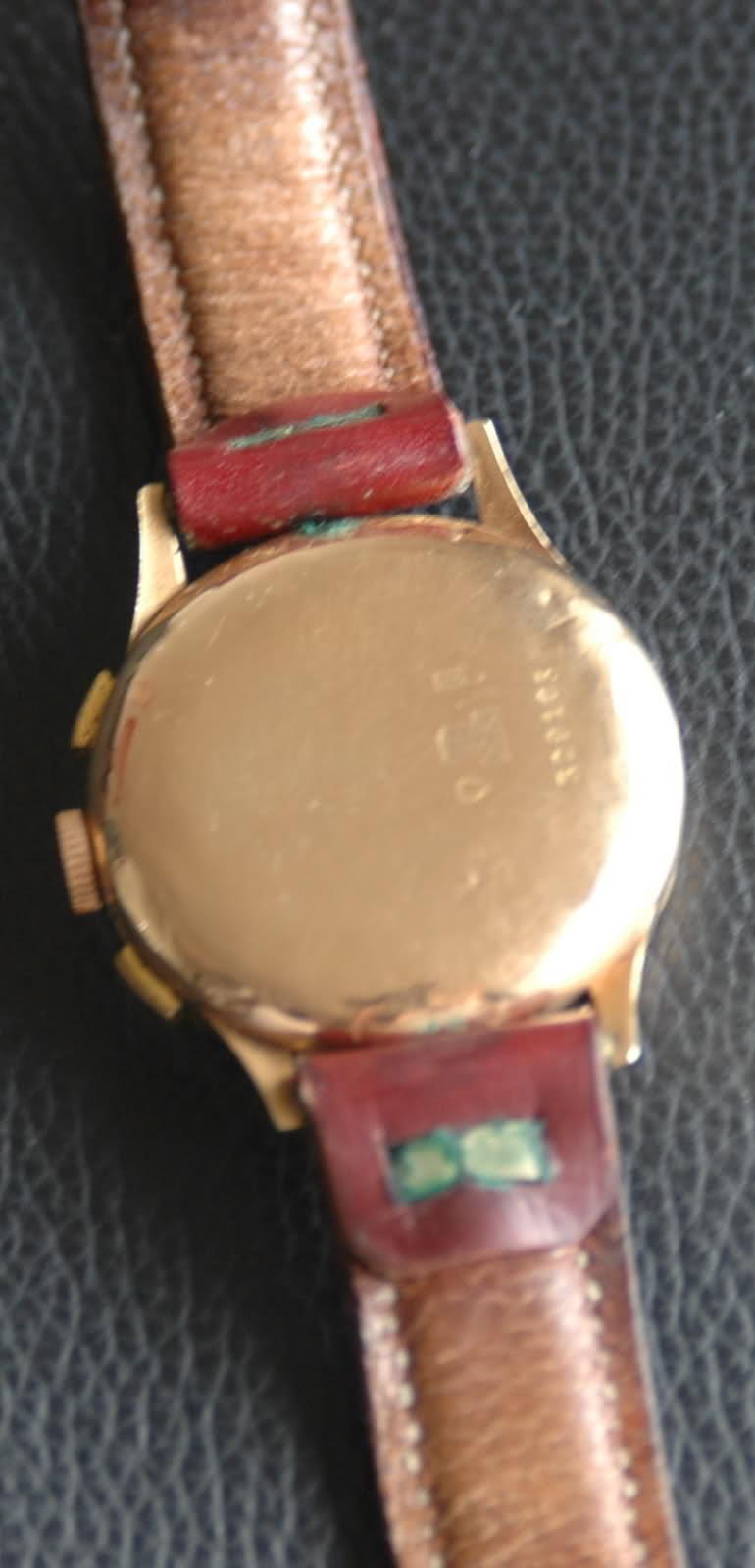 Une aide pour identifier cette montre chronographe... 1581dnt