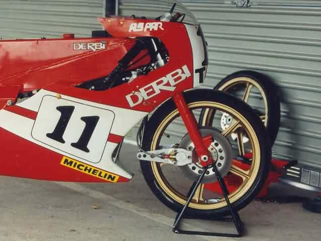 Replicando Derbi RAN por Pula Racing - Página 2 15f2cro