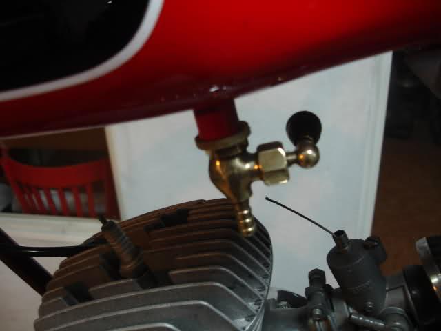 Réplica Ducati 50 de circuito - Página 4 2d8j7ee