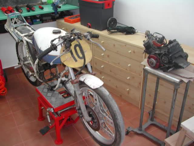 La Honda MBX de Crivillé 2nkukiw