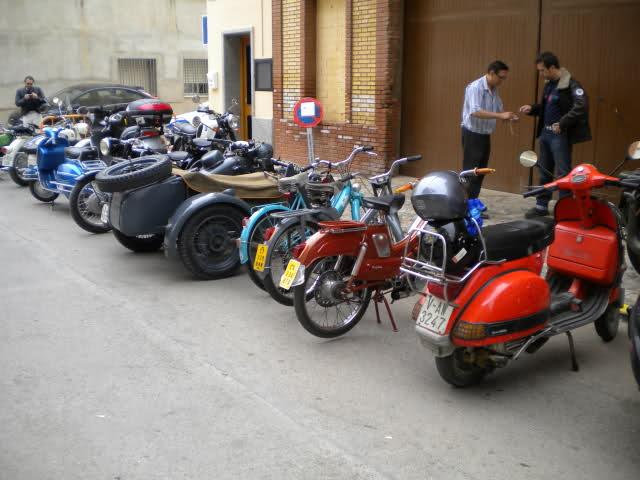 Concentracion 1 motos clasicas en Valencia 34zwxox