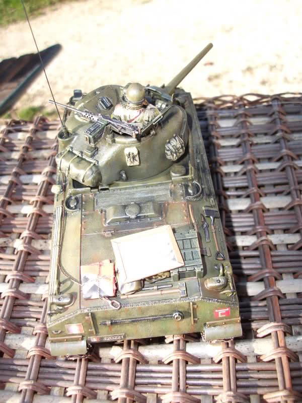 Sherman M4A4 Cyber-hobby 1/35  fini!!!!!!! - Page 8 6zvl8z