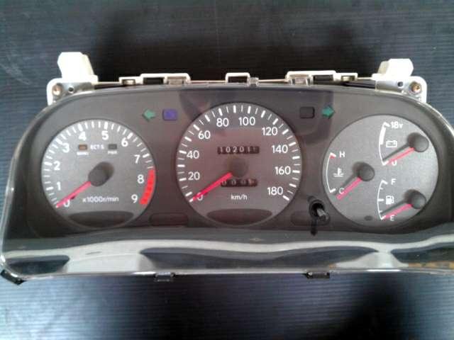 jdm FX/GT gauge 9k rpm with voltmeter B7luz8