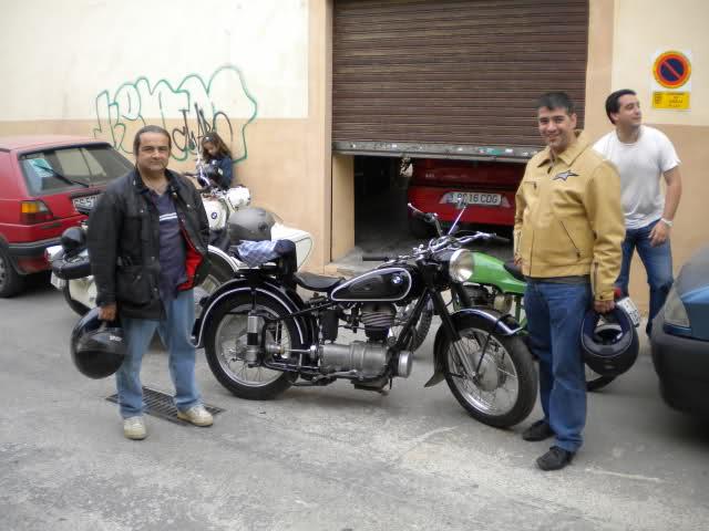 Concentracion 1 motos clasicas en Valencia Fnr5ty