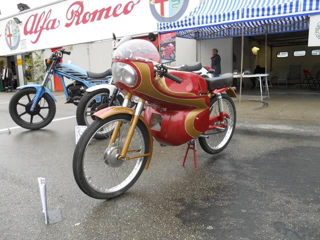 Ayuda identificar ciclomotor ¿Ducati? Ictwy9